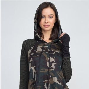 Mixed Pattern Camo Hoodie With Kangaroo Pockets